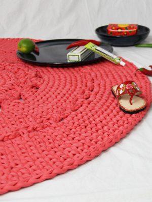 styling foto gehaakt katoenen kleed flor rood