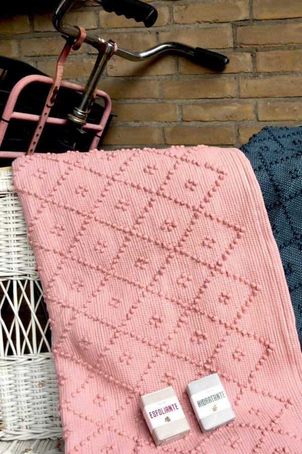 diamond pink woven cotton rug