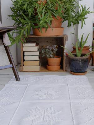 styling star white rug