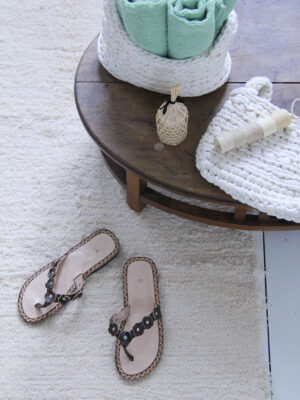 styling softness & flipflops