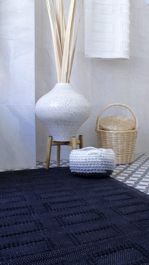 styling quadro woven rug black